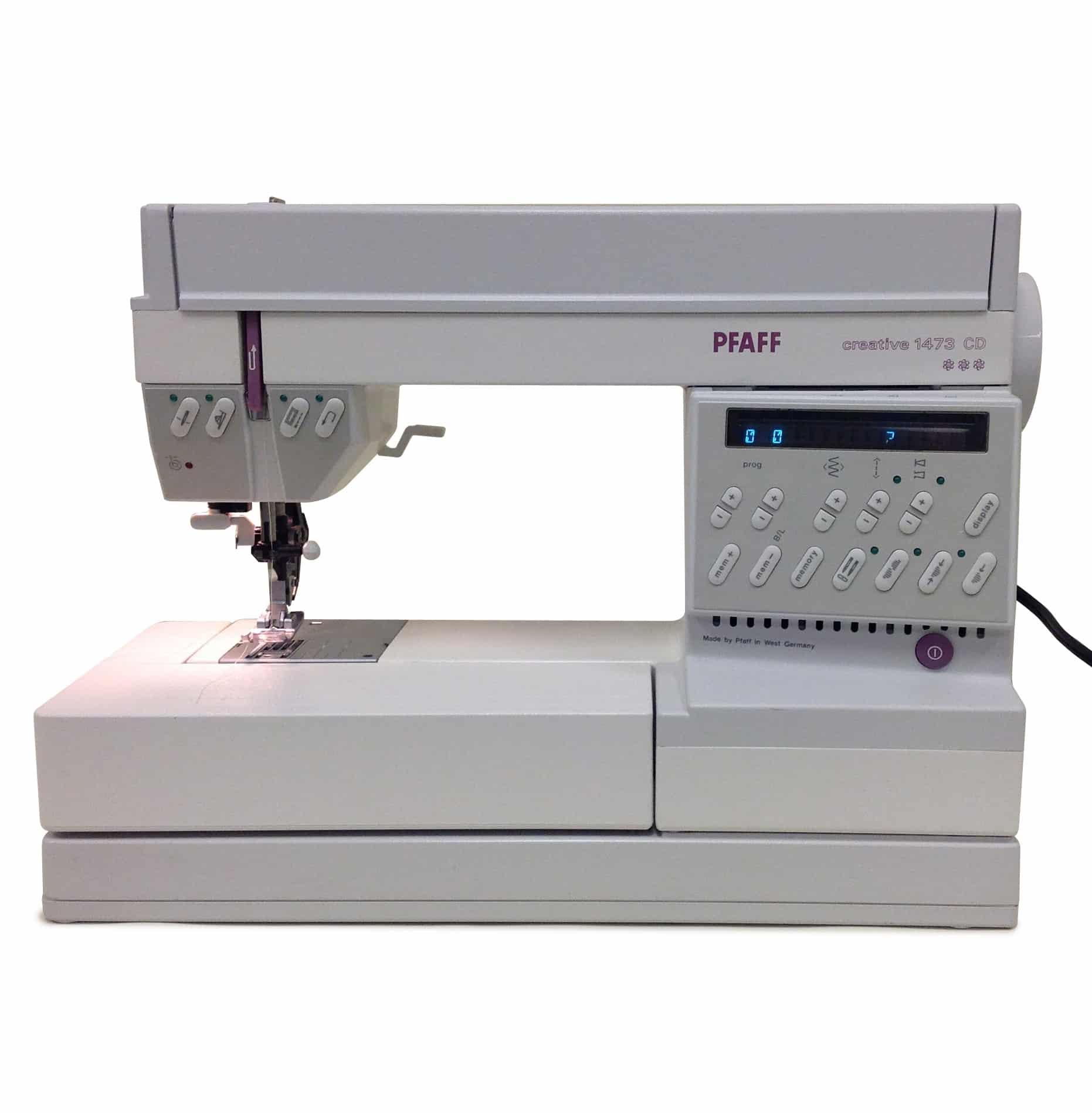 Pfaff creative 1473 pre owned brubaker 39 s sewing center for Macchine pfaff