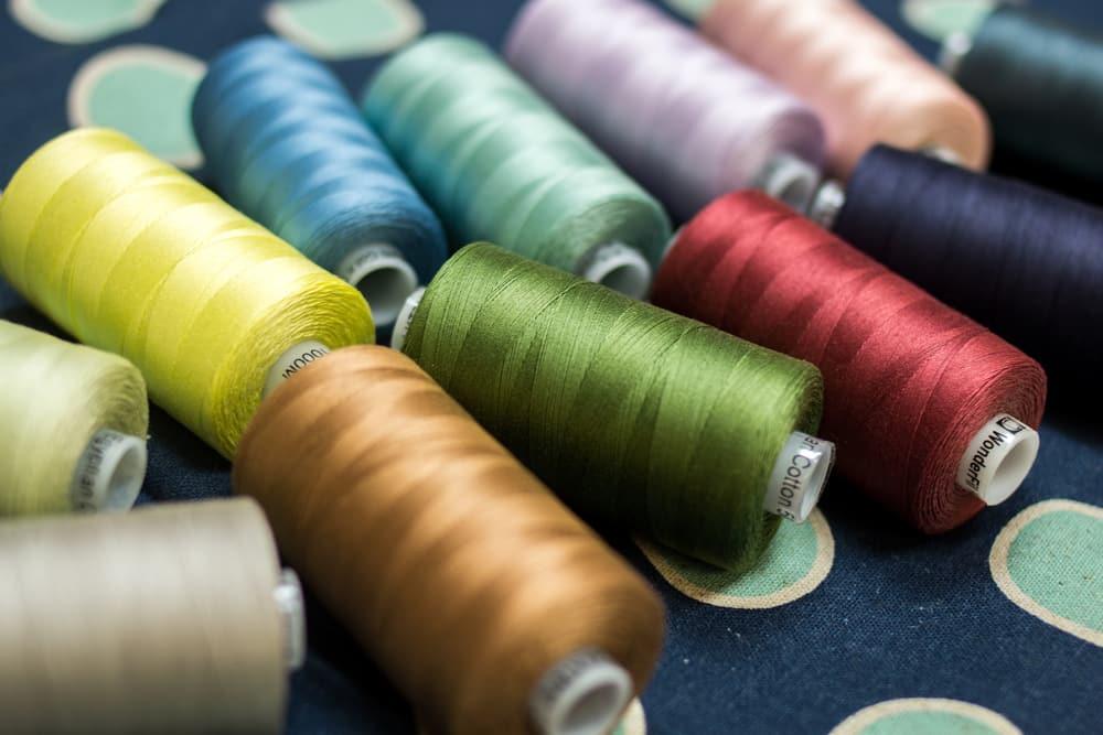 WonderFil Specialty Threads Konfetti Thread Mauve 50wt double gassed Egyptian cotton